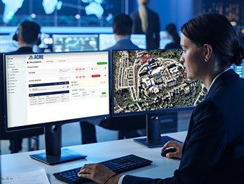 911 dispatcher using Rave 911 Suite
